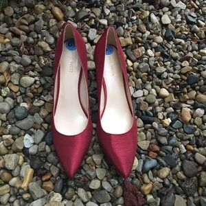 Nine West pointy toe satin heels